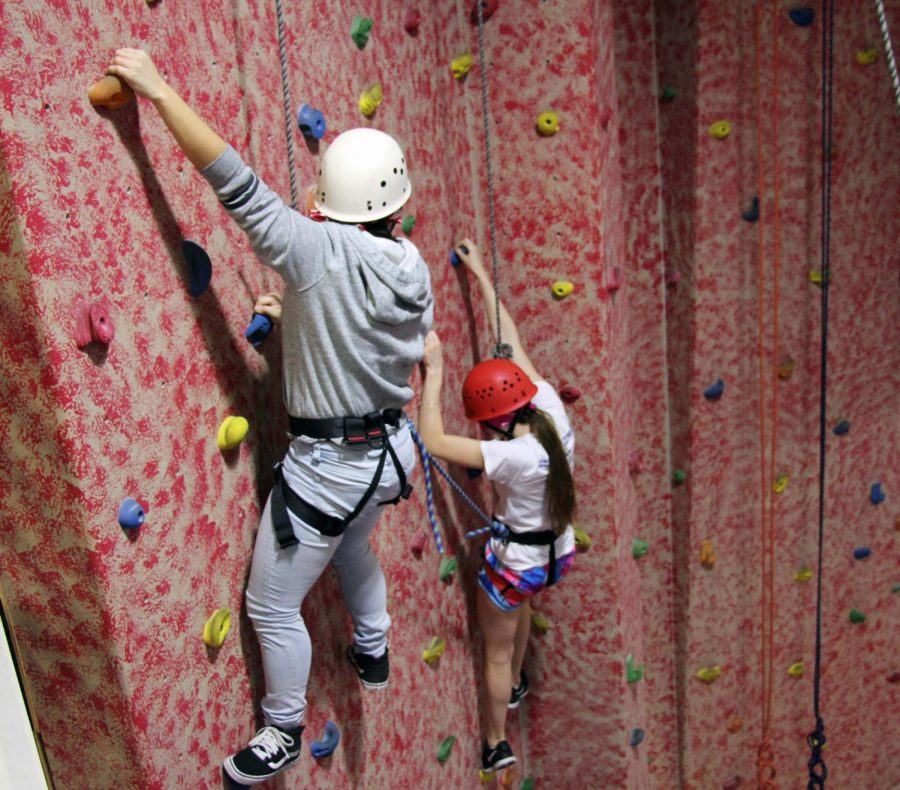 Students+in+Ms.+Hinojosa%27s+PE+class+climb+the+rock+wall.+Adventure+Club+is+now+offering+students+outdoor+opportunities.