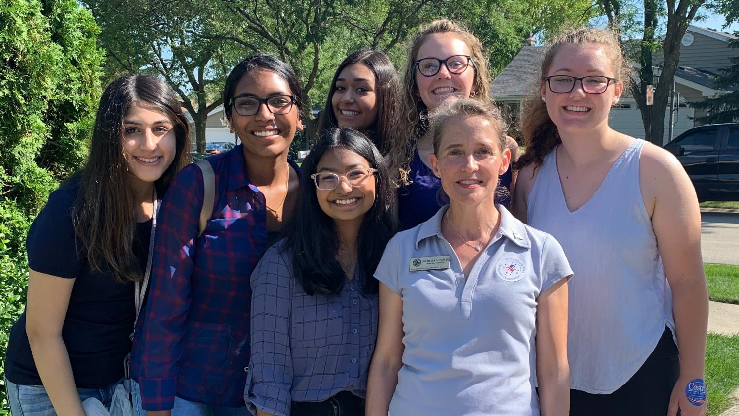 Noor Pasha, Araha Uday, Esha Patel, Payton McGraw, Maura Zimmerman, Riya Shah pose for a photo with Illinois Representative Michelle Mussman. Photo credits to Araha Uday.